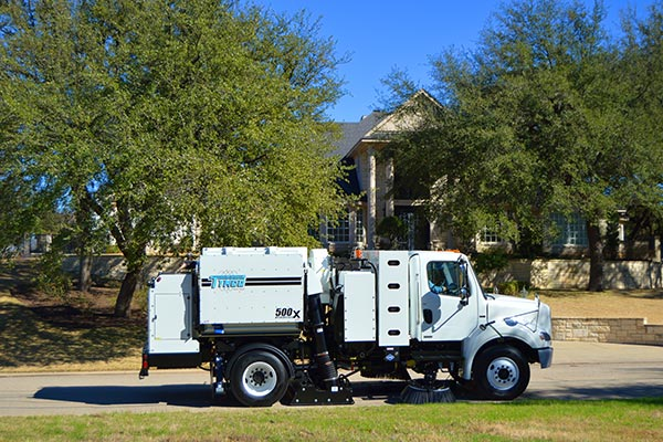 Model 500x TYMCO Alternative Fuel Sweeper