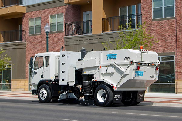 Model 600 TYMCO Alternative Fuel Sweeper