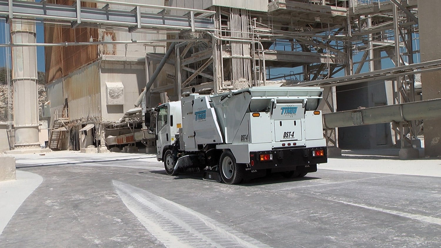 TYMCO Sweeper Operating Controls