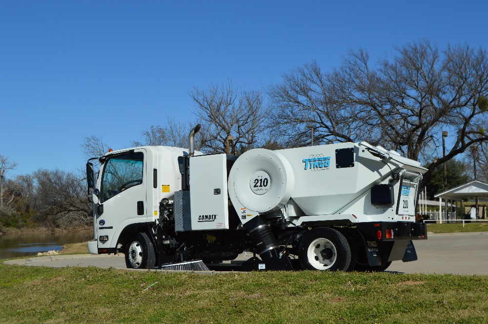 Model 210 Parking Lot Sweepers | Manufacturer | Texas